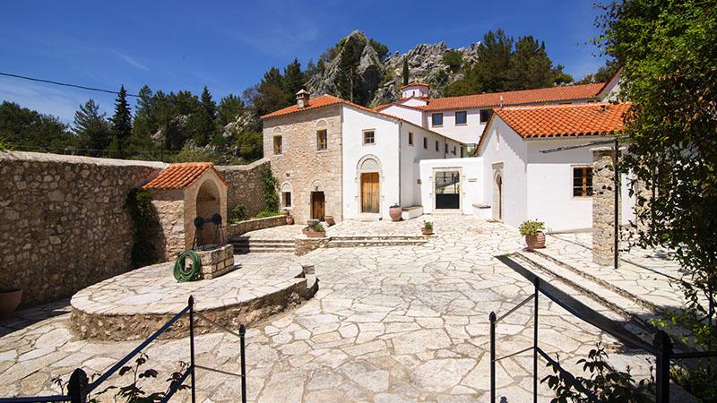 Μονή Αγίου Δημητρίου Ζαλόγγου - Σημεία Ενδιαφέροντος